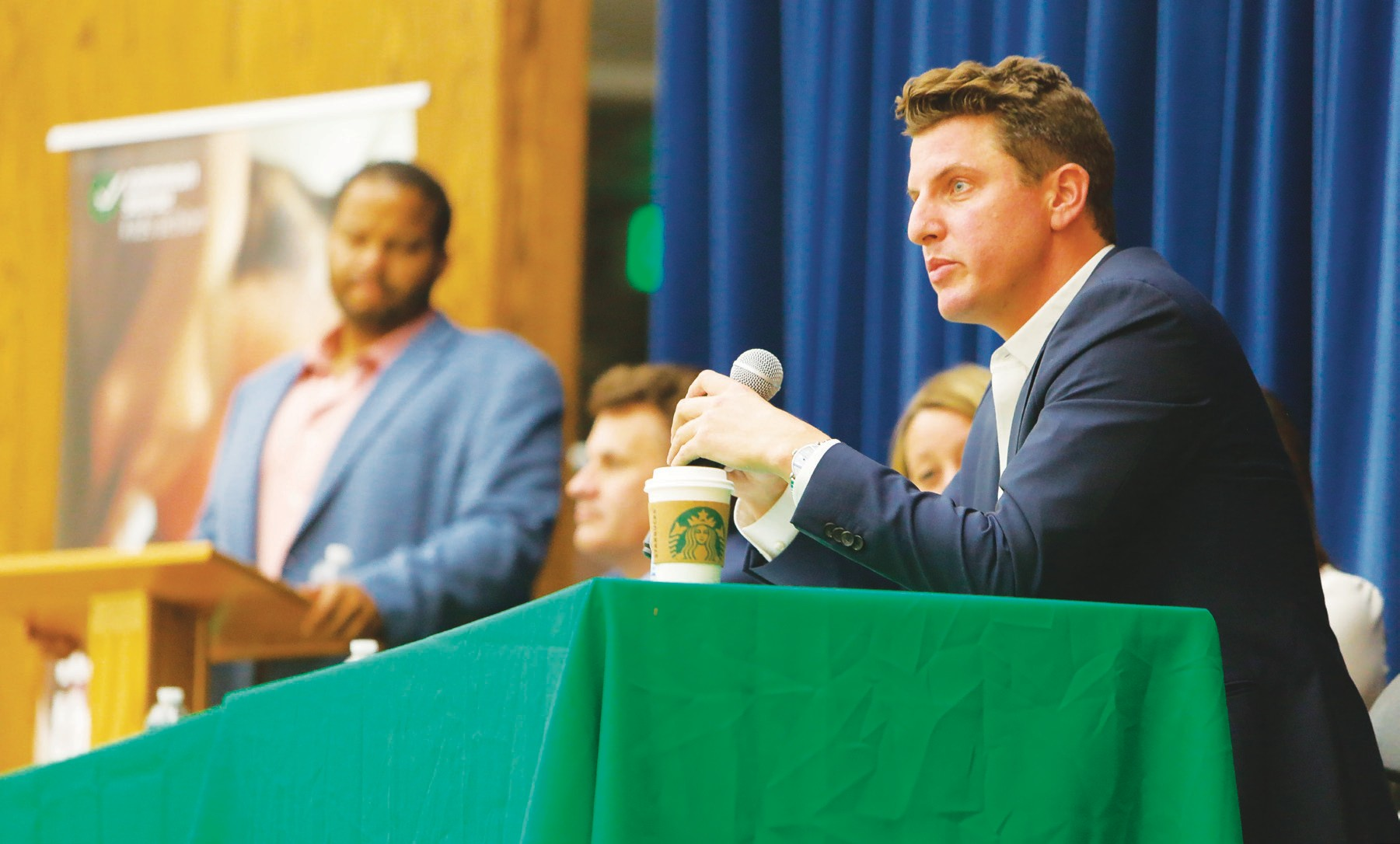 COMPUTER SAVVY—Sen. Henry Stern speaks at a panel discussion about the relationship between analog parents their digital children Sept. 19 at Sumac Elementary School in Agoura Hills. BOBBY CURTIS/Acorn Newspapers