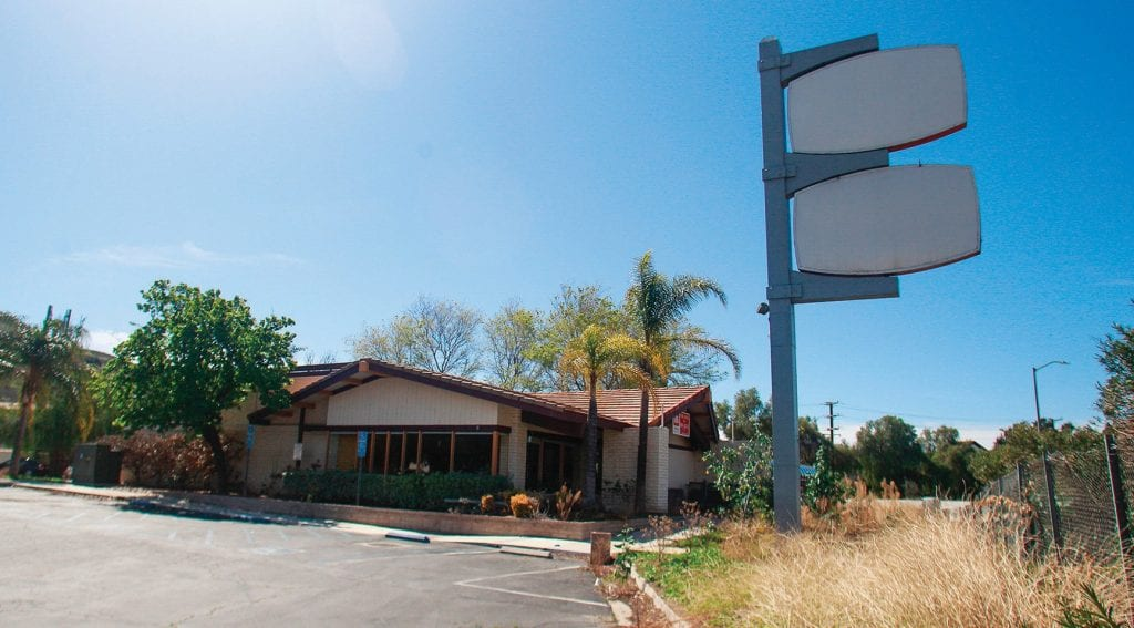 NEW LIFE—The abandoned Coco's in Calabasas is being considered as the site of new Montessori center. RICHARD GILLARD/Acorn Newspapers