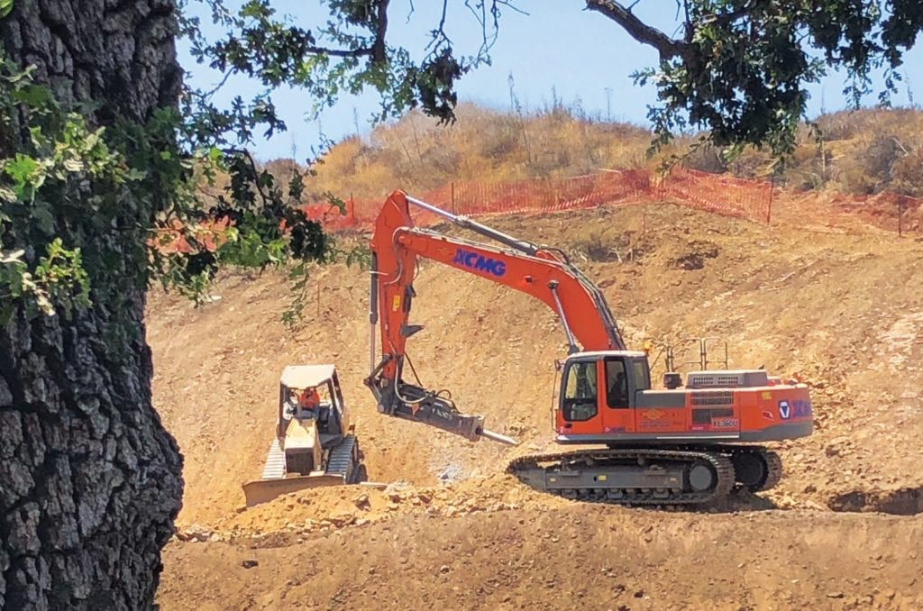GRADING ON THE CURVE—Earth-moving machinery navigates the property at 1710 E. Thousand Oaks Blvd., former home of Lupe's Mexican Restaurant in Thousand Oaks. Apartments will be built. DAWN MEGLI-THUNA/Acorn Newspapers