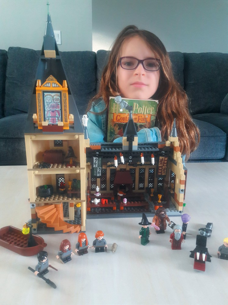 HARRY POTTER FAN—Presto, she builds a Hogwarts castle. Created by Anna Croutch